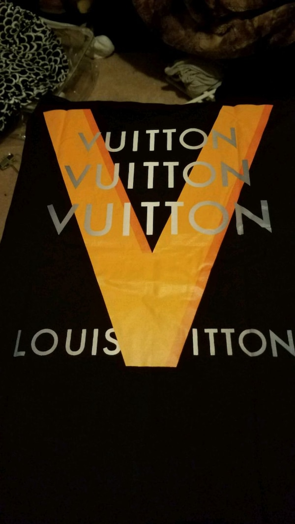 Louis Vuitton tee shirt