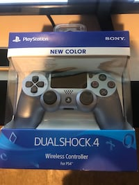 PlayStation 4 controller  New York, 11221