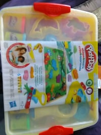 Brand new play-doh shape&learn discover and store playset Toronto, M4C 4X6