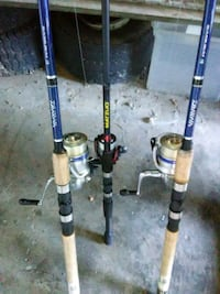 3fishing rods 1 new. Huge net tackle box and 2 ho  Boiling Springs, 29316