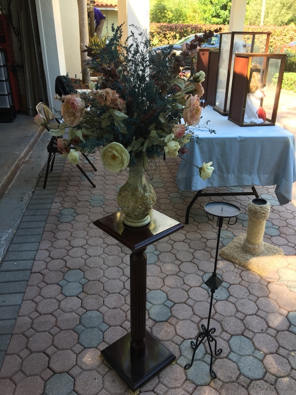 Used Silk Flower Arrangement With Wood Table For Sale In South Miami