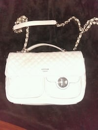 white Michael Kors leather crossbody bag 38 km
