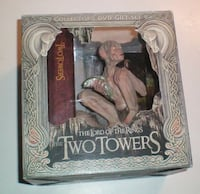 Lord of the Rings Two Towers Collectors DVD Set Gollum Figure and Book
