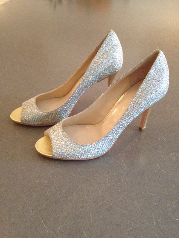Used Enzo Angiolini Silver Sparkly Shoes for sale in Port Moody - letgo c68be430e076