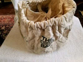 THE BUCKET BAG Containing Drywall Screws