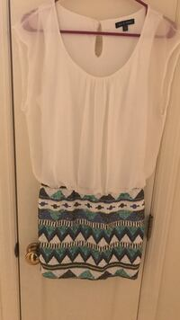white and blue scoop-neck sleeveless dress Rock Hill, 29732