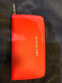 Michael Kors Wallet - Great condition! Calgary, T3J 0H3