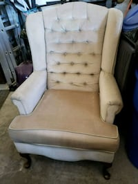 Wing back chair beige color Brant, N3L 4G3