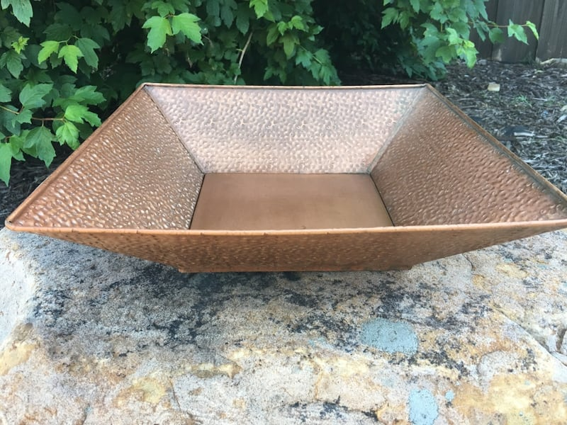 2 Gorgeous Copper Colored Metal Decor Items. Could use as planters!! 60e4aaef-d513-4f87-88dd-5140a588aa99