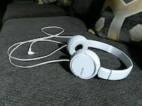 white Beats by Dr Columbus