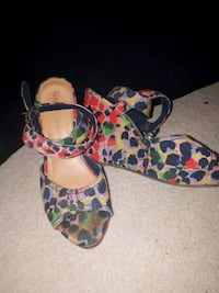 Size 9 wedges  Calgary, T2Z 4S9