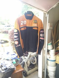 Never been worn ,  still has original wilson leather price tag attached black and orange suede very very nice extra large jacket 200 or best offer 513 mi