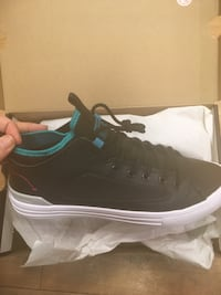Converse size 10-11