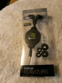 Ear buds Milwaukie, 97267