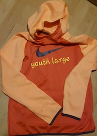 Nike youth large Cornwall, K6H 2H1