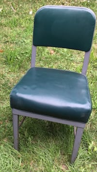 Vintage industrial office chair green vinyl Grimsby, L3M 2A9