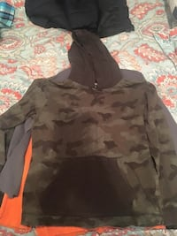 gray and black camouflage pullover hoodie