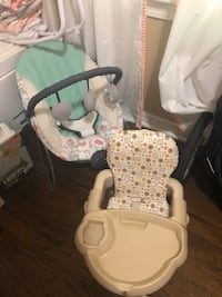 Baby eating chair + baby rocker  Midwest City