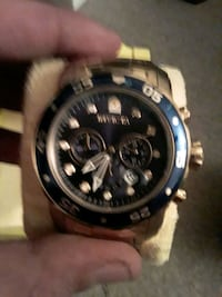 like new in box invicta Staten Island, 10306