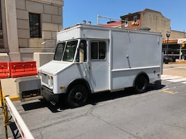 Food Truck with Brand New Kitchen and New Fire Suppression System.