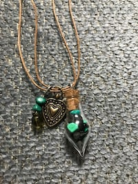 Green and silver pendant necklace Fayetteville, 28305