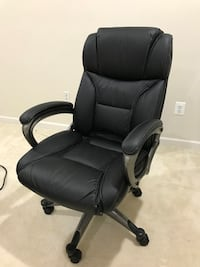 black leather office rolling armchair Ashburn, 20147
