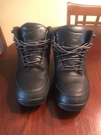 Timberland Leather boys boots Toronto, M6N 2N2