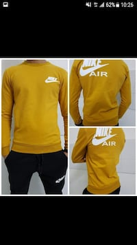 screenshot di collage di felpa Nike Nike da uomo Monteviale, 36050