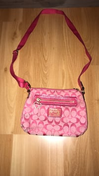 pink and brown Coach sling bag Tracy, 95377