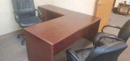 3 Office desks and chairs