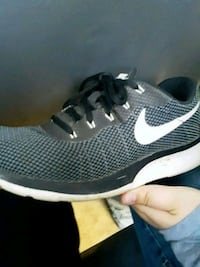 pair of black-and-white Nike running shoes Gold Canyon, 85118