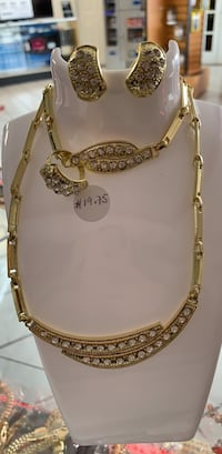gold-colored chain necklace Woodbridge, 22191