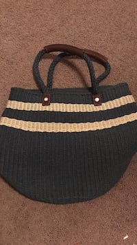 navy and beige woven beach tote