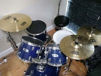 Mapex Drumset, includes all hardware and cymbals