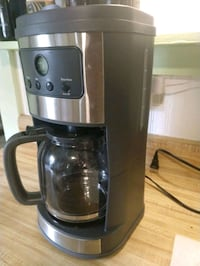 Like new well maintained coffee maker  Gainesville
