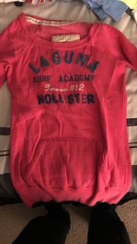Pink hollister pullover sweat shirt  Cary, 27519