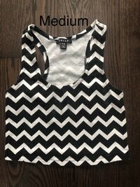 Black and White Chevron Pattern Crop Top