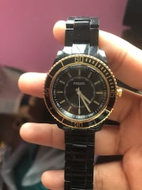 Black and gold fossil watch Whitby, L1R