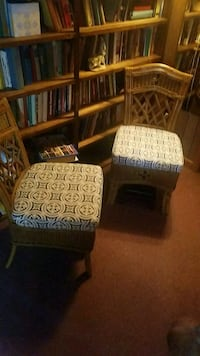 brown and white wooden armchair Candler, 28715