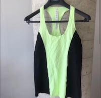 Lulu Lemon Tank Workout Top Size 8 fits like a small  Toronto, M5V