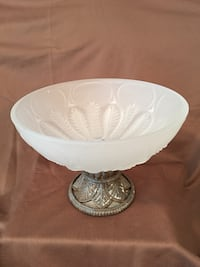 Frosted glass bowl. Very heavy. Walker, 70785