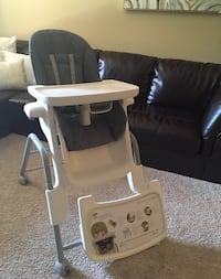 Baby high chair oxo St. Louis Park, 55416