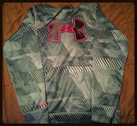 Under Armour Hoodie size adult small