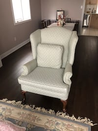 Wing chair Vaughan, L4J 8W4