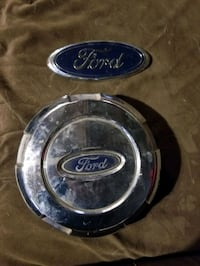 Ford emblem and wheel cover Oklahoma City, 73118