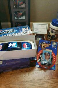 Jeff Gordon die cast bank and more Nascar items Windsor charter Township, 48821