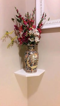 white and red floral ceramic vase Mississauga, L5V 0C8