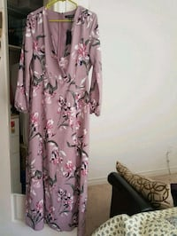 Brand new Dynamite Medium size long dress Milton, L9T 7R1