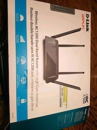 black Netgear N300 wireless router box Thorold, L2V 1W8