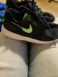 Nikes toddler 13 fair condition  Kennewick, 99337